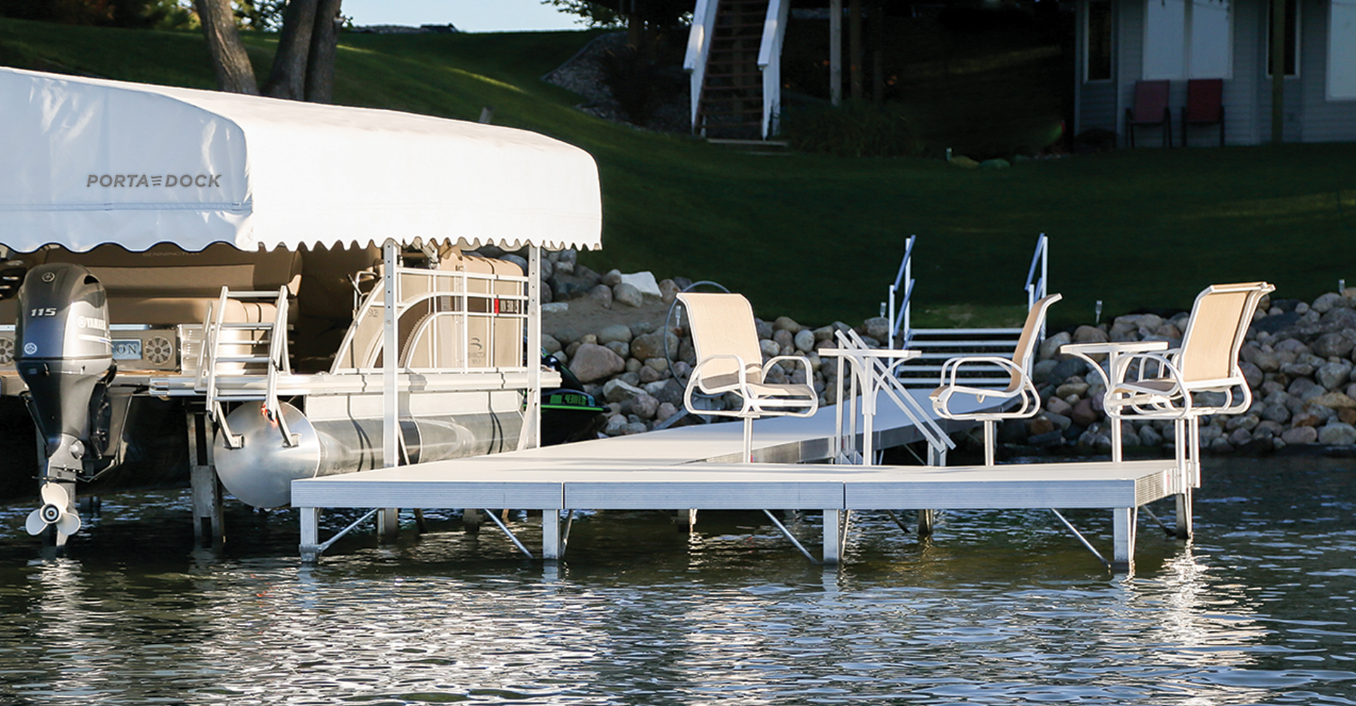 Porta-Dock multi-dock in the water with accessories and boat lift