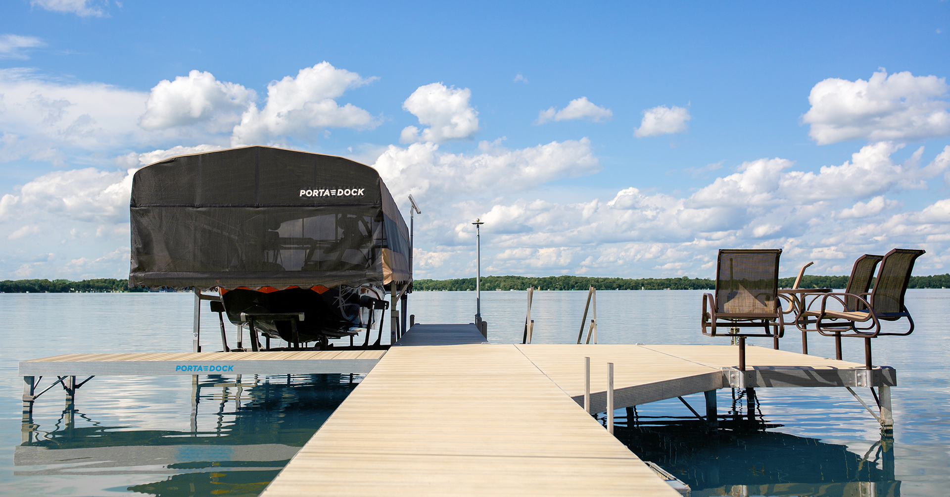 Porta-Dock multi-dock with Beige Aluminum decking and accessories